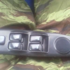 Чистка контактов или как отремонтировать блок стеклоподъемника на Hyundai Elantra