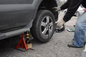 задних стоек на Hyundai Tucson