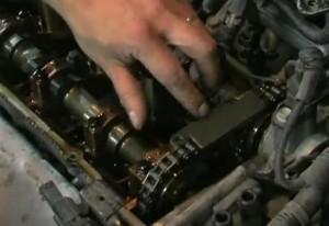 замене цепи ГРМ на Hyundai Getz