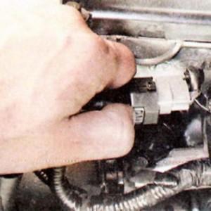 Как заменить термостат на Хендай Туксон(ix35)