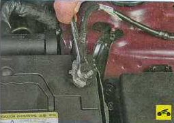 замена аккумулятора хендай солярис