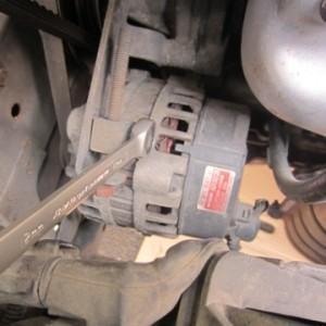 Как снять и отремонтировать генератор на Hyundai Accent