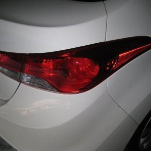 Замена ламп задних фонарей на Hyundai Elantra