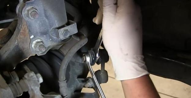 Как заменить шаровую опору на Hyundai Elantra