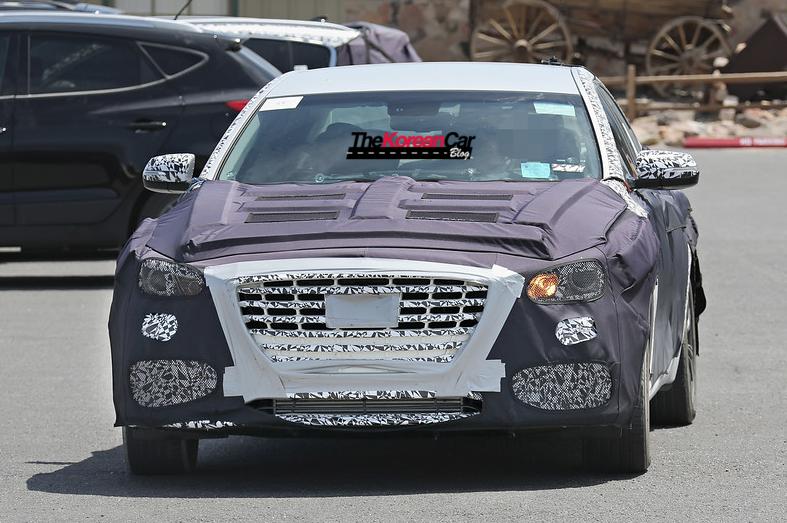 Hyundai Genesis Седан Turbo