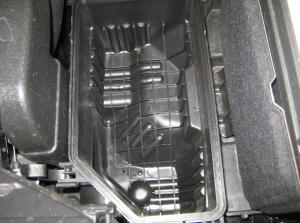 чистый корпус воздушного фильтра