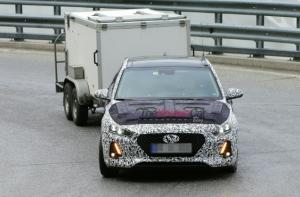 Hyundai i30 в камуфляже